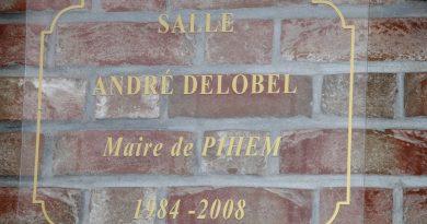La salle polyvalente porte désormais le nom de M. André DELOBEL