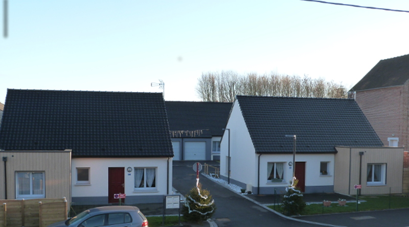 Les 4 logements locatifs : 2 logements individuels en façade